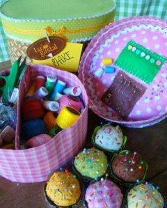 mini bolo - caixa de costura